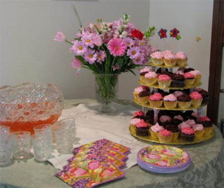 Cupcake_table